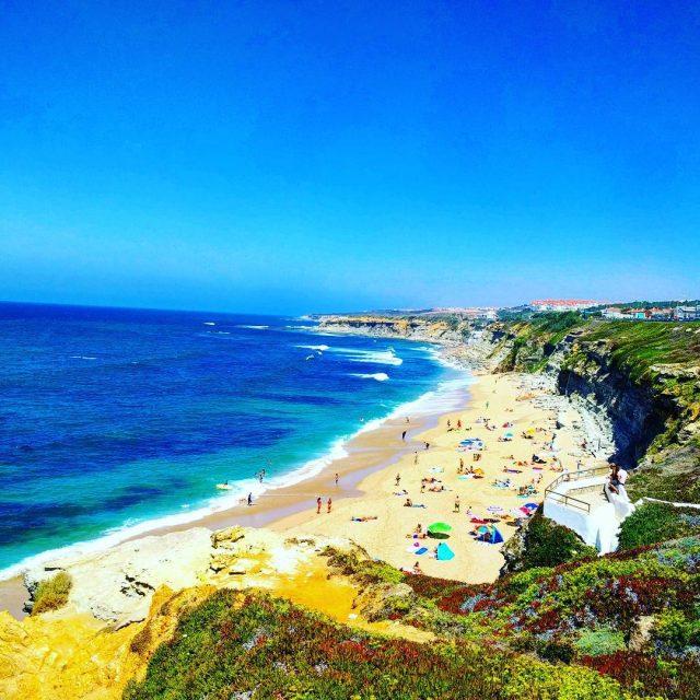 Nog even dromen Dit is een strand bij Ericeira portugalalivehellip