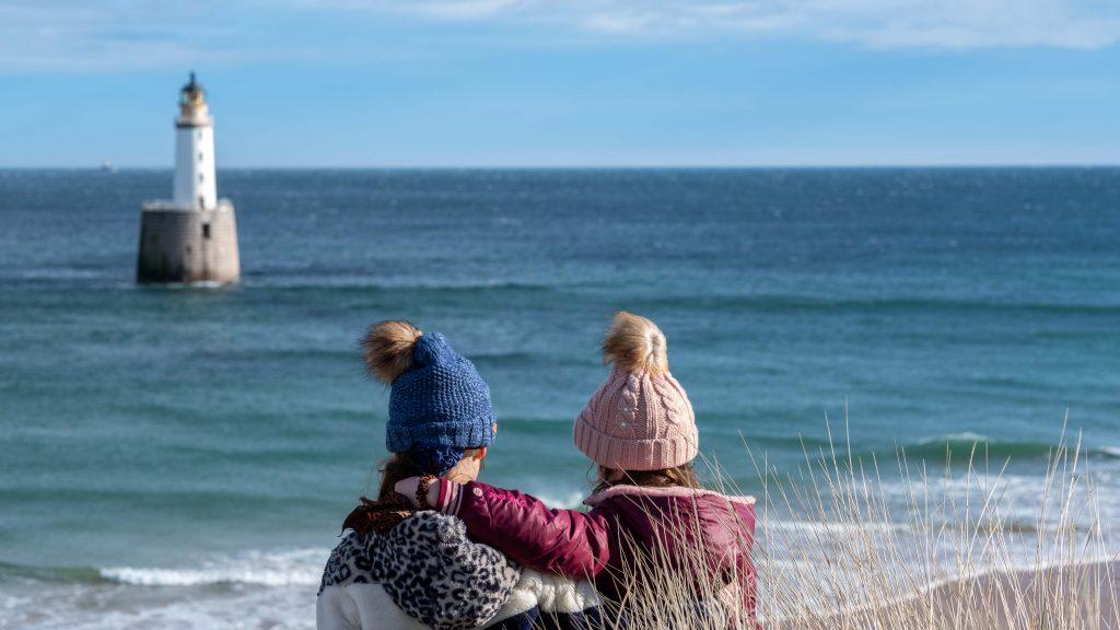 Rattray Lighthouse aan de Aberdeenshire Coast met kinderen bezoeken